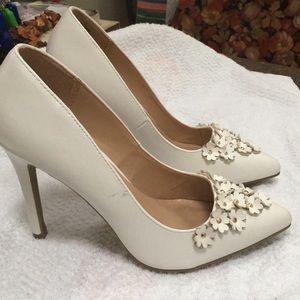 Lauren Conrad flower heels